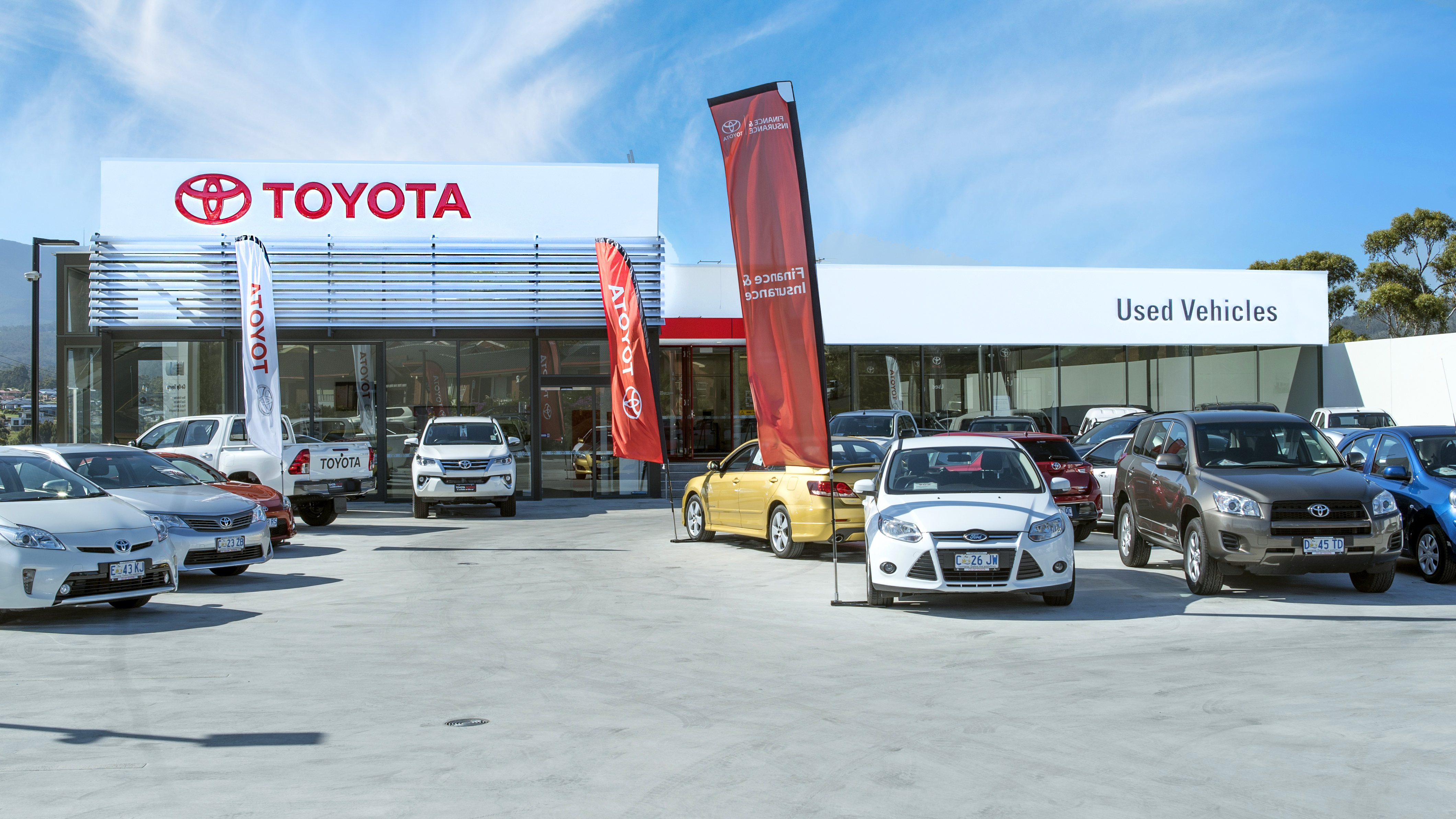 2-coop-toyota-kingston-front