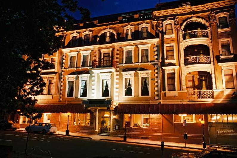 Hadleys-Hotel2